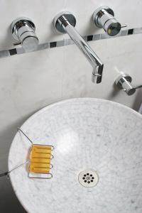 jabonera-banus-modelo-borde