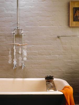 Decocasa mexico pared de ladrillos pintado cuarto de ba o - Cuartos de bano pintados ...