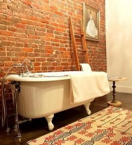 pared-de-ladrillos-vistos-baño