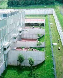prision-de-lujo-patios-de-receo