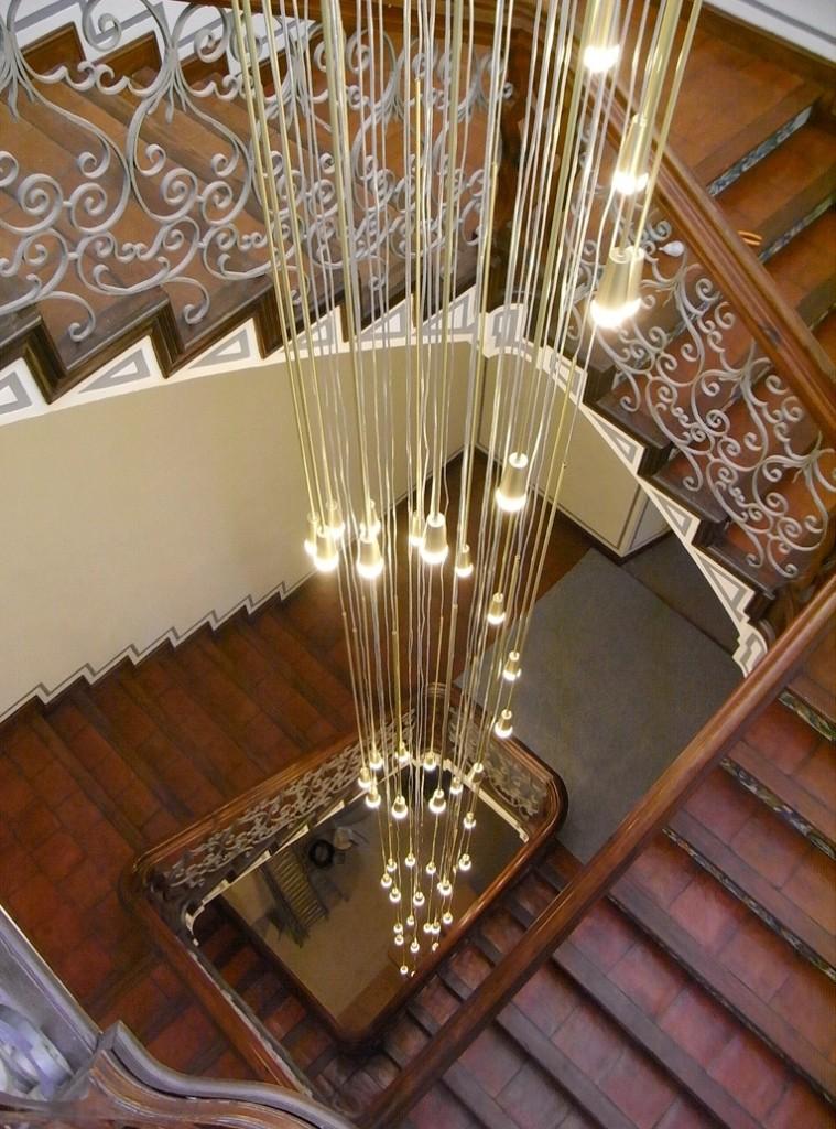 Decocasa mexico iluminacion for Iluminacion escaleras interiores