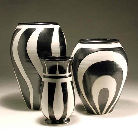 al igual que la funcin ya que algunos pueden devenir en floreros los colores las texturas el tamao y las formas son tambin muy importantes y debemos