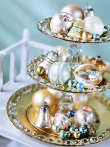 centros-de-mesa-navideños-con-bolas5