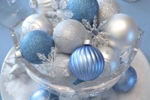 centros-de-mesa-navideños-con-bolas6