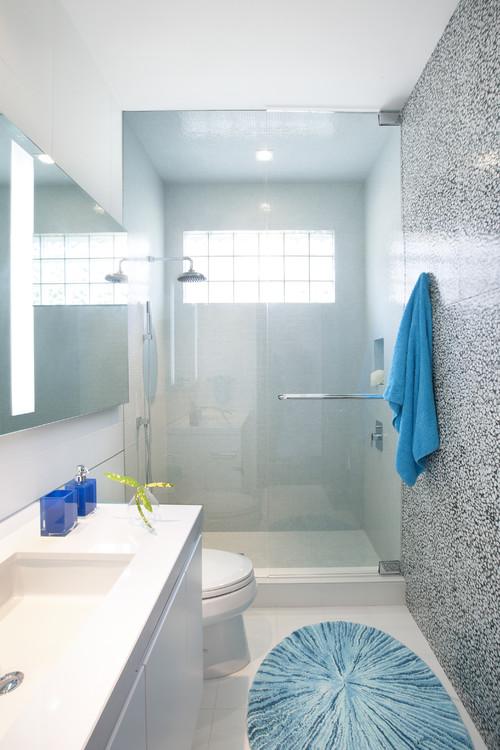 Bacha Para Baño Azul:cómoda bañera? De hecho este baño no sólo ofrece una bañera de