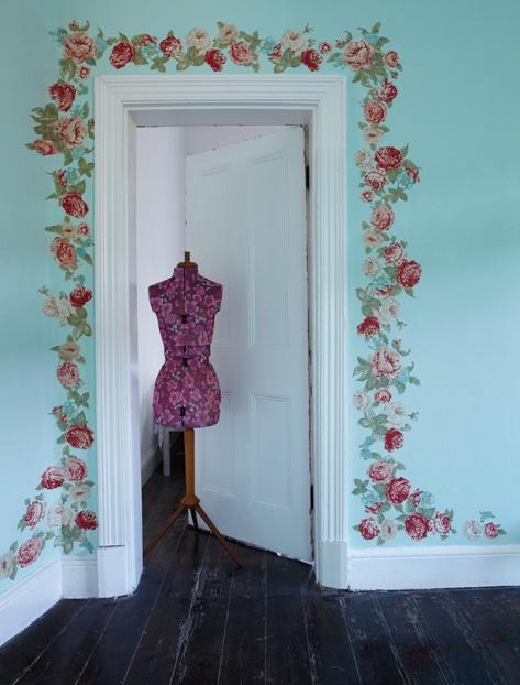 Decocasa mexico a decorar las puertas for Pintar marcos de puertas