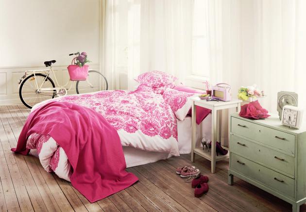 Decocasa mexico color cereza en el dormitorio juvenil for Pared color cereza